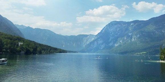 lago-bohinj-eslovenia-naturaleza