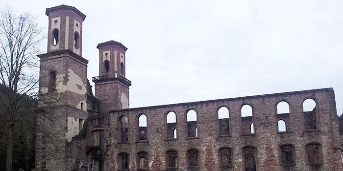 selva-negra-alemania-monasterios-ruinas