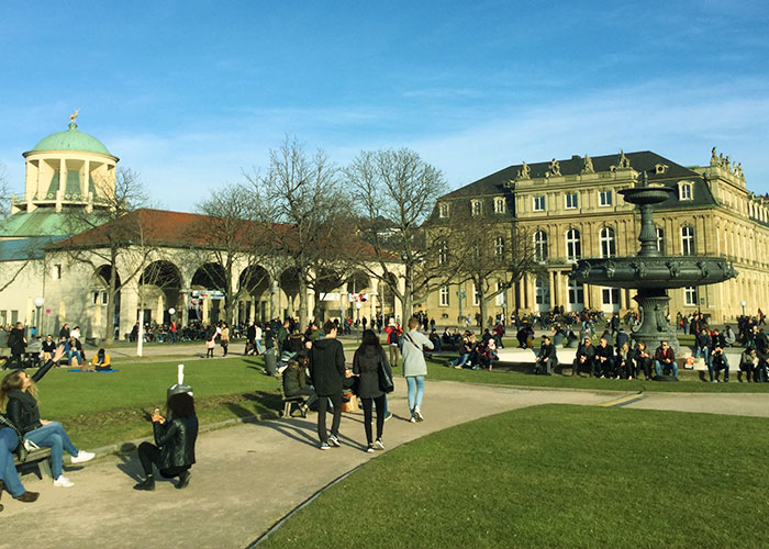 Stuttgart-alemania-plaza-palacio-turismo