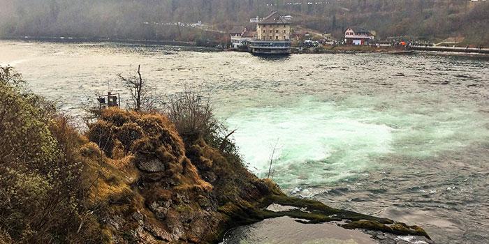 Rheinfall-donviajon-cataratas-del-rin-aventura-suiza