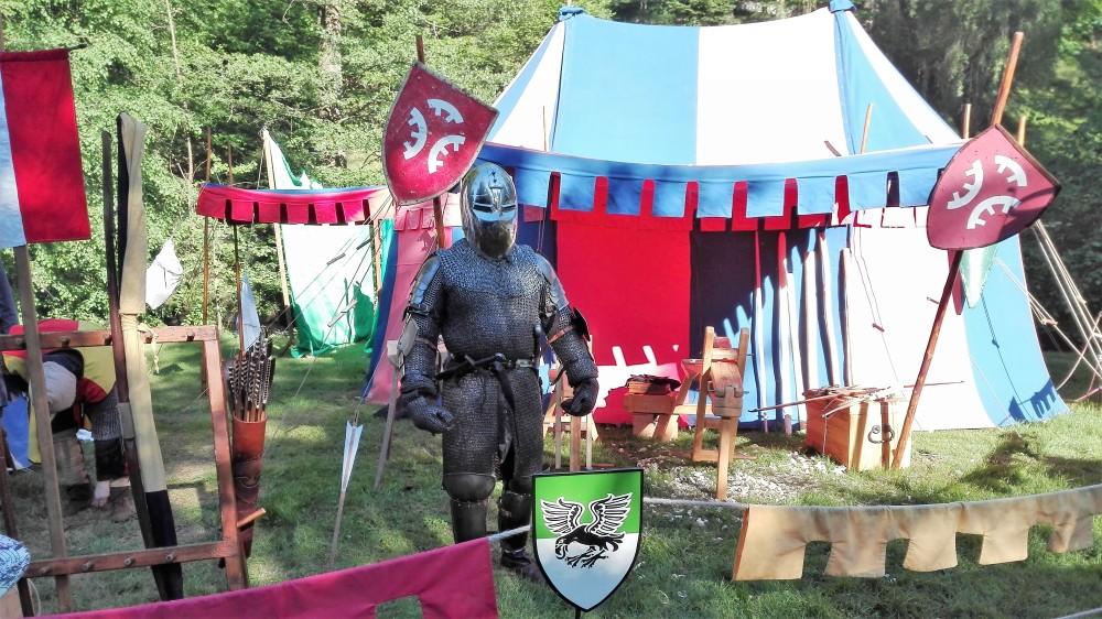 festivales-medievales-don-viajon-armaduras-alemania