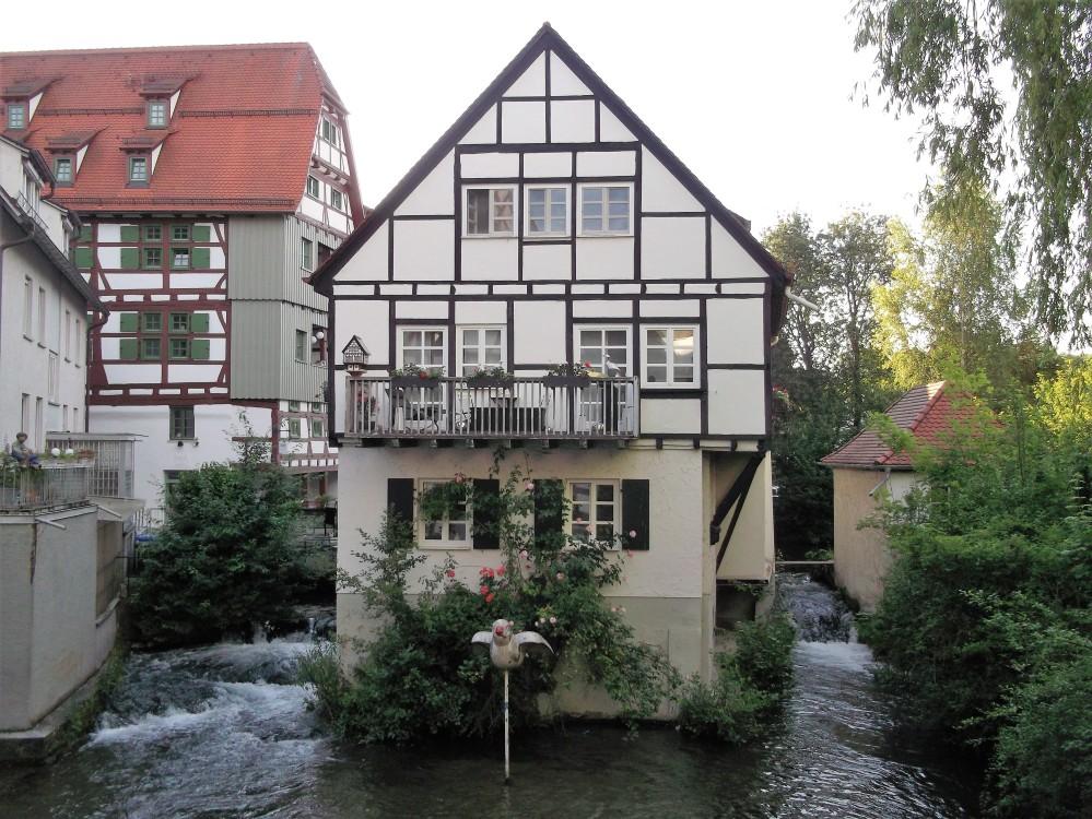 Baden-Wurttemberg-Ulm-don-viajon-barrio-de-pescadores-gorriones-alemania