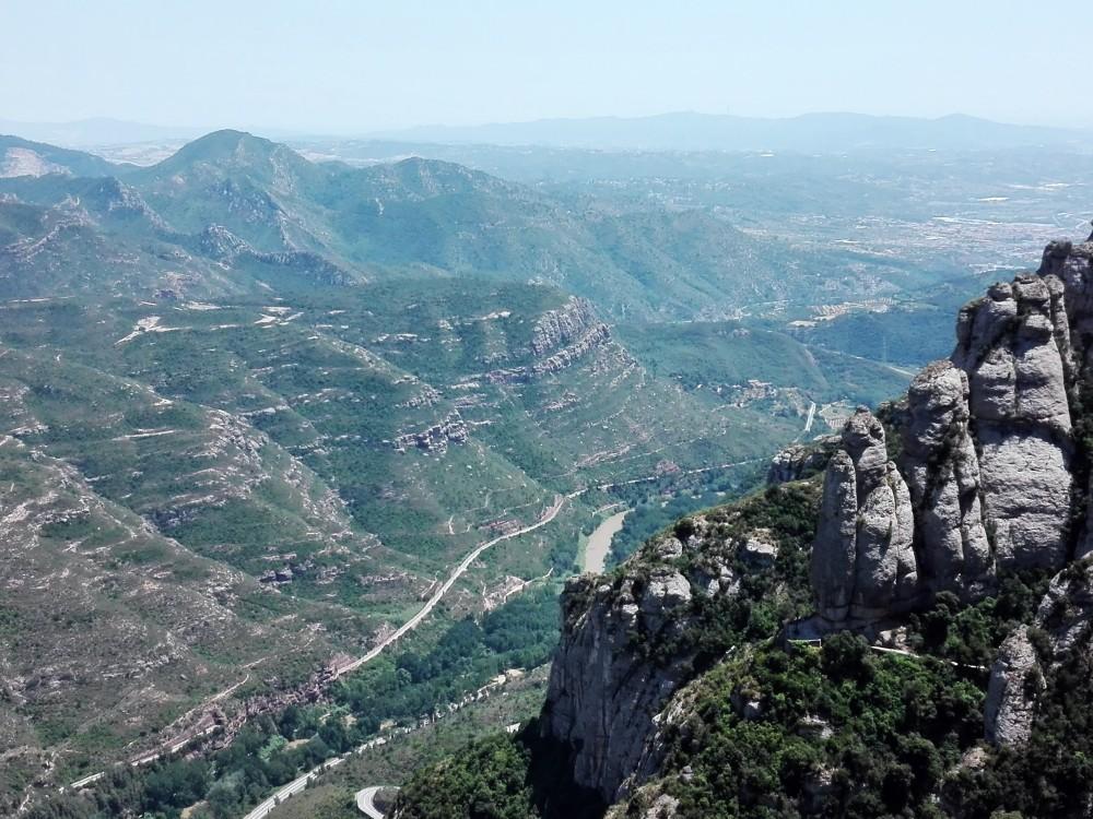 Montserrat-rio-llobregat-naturaleza-catalunya