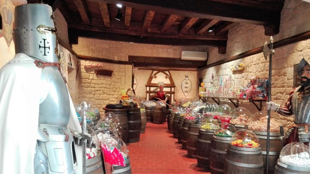 Carcasona-artesanias-comercio-donviajon-ciudad-medieval-francia