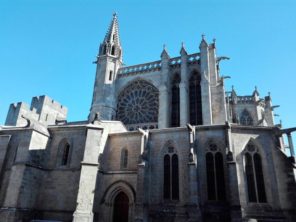 Carcasona-basilica-de-san-nazaire-donviajon-romanico-gotico-francia