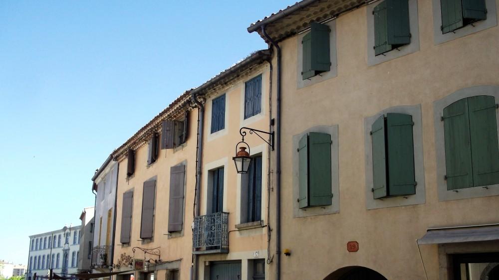 Carcasona-casas-antiguas-donviajon-arquitectura-urbana-francia