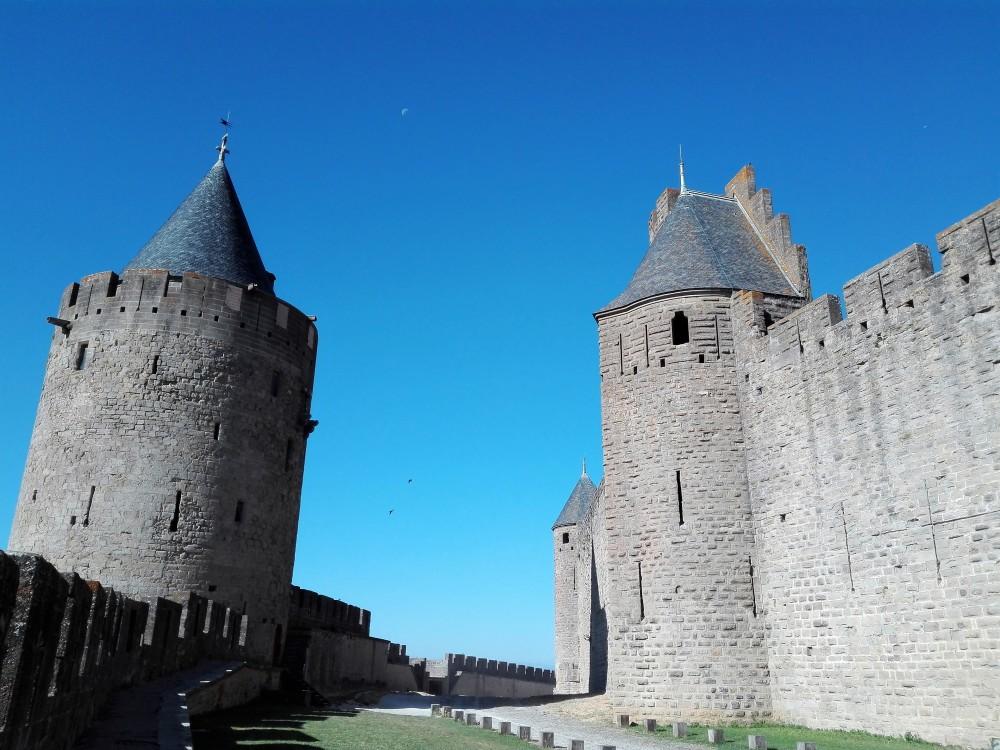 Carcasona-torres-medievales-donviajon-murallas-medievales-francia