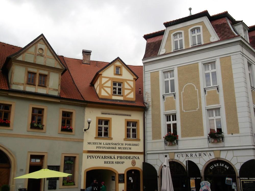 Loket-casas-de-colores-donviajon-bohemia-republica-checa