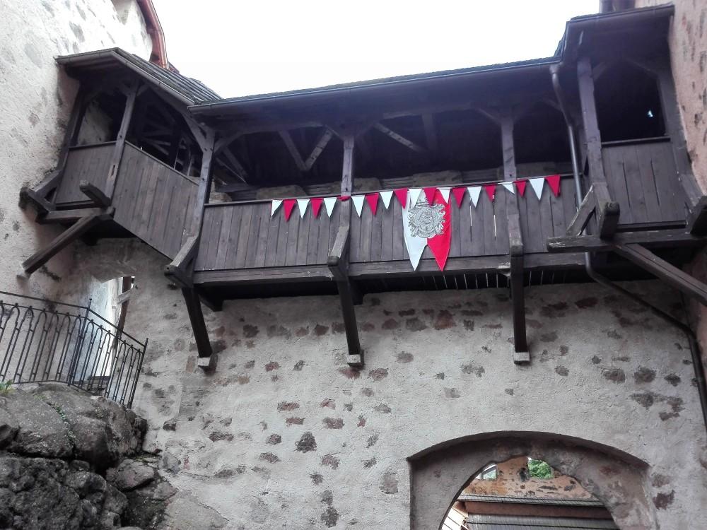 Loket-castillo-medieval-donviajon-gotico-chequia