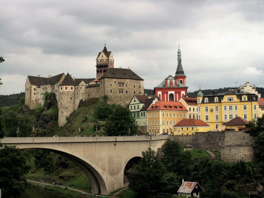 Loket-donviajon-bohemia-occidental-castillo-medieval-chequia