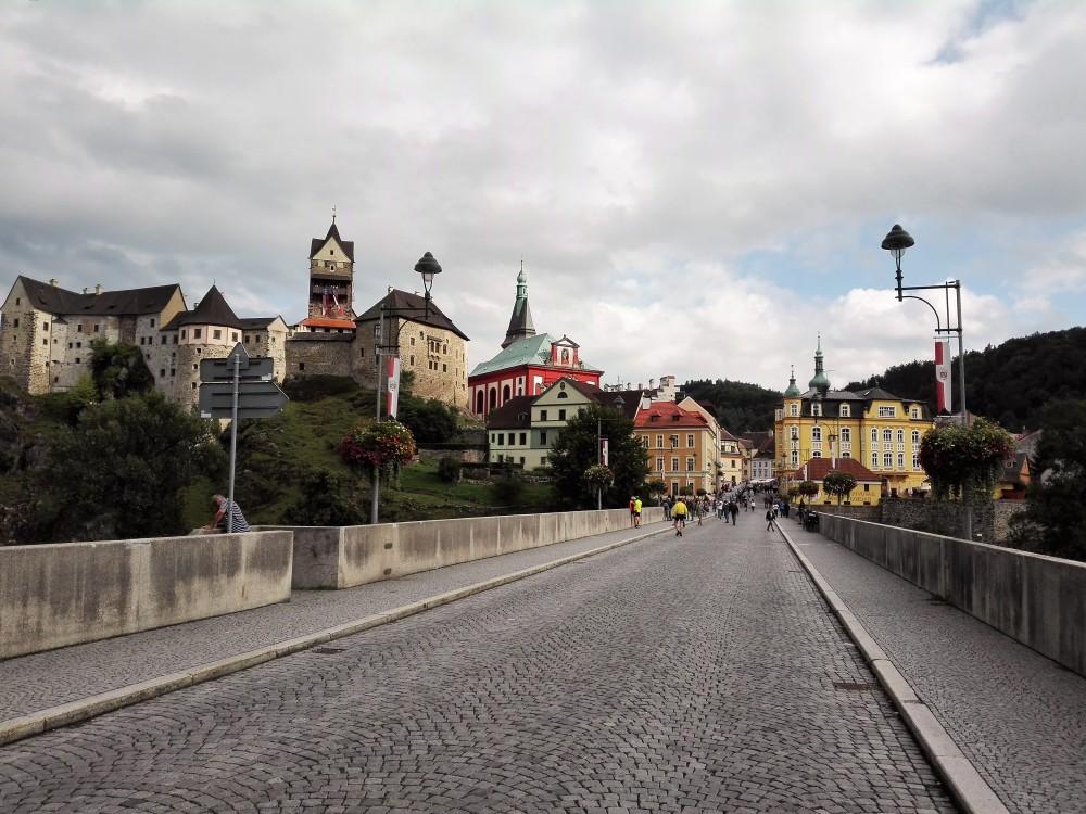 Loket-puente-viejo-donviajon-bohemia-republica-checa
