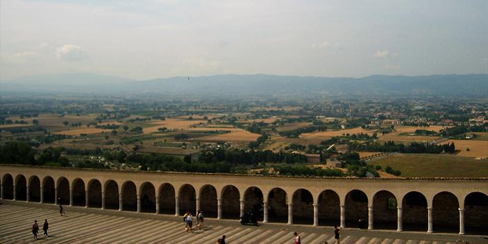 Asis-espiritualidad-franciscana-donviajon-naturaleza-umbria-turismo-italia