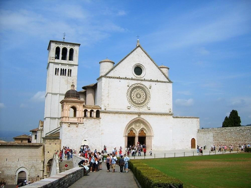 Asis-espiritualidad-franciscana-paz-y-bien-donviajon-arte-cultura-turismo-espiritual-umbria-italia