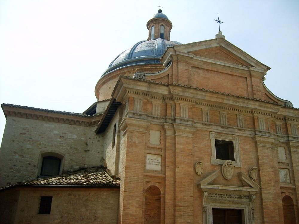 Asis-iglesias-monasterios-medievales-donviajon-arta-cultura-turismo-religioso-italia