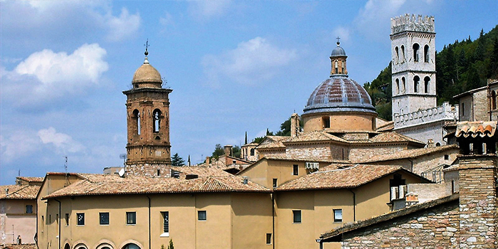 Asis-turismo-religioso-espiritual-donviajon-fe-cristiana-arte-cultura-umbria-italia