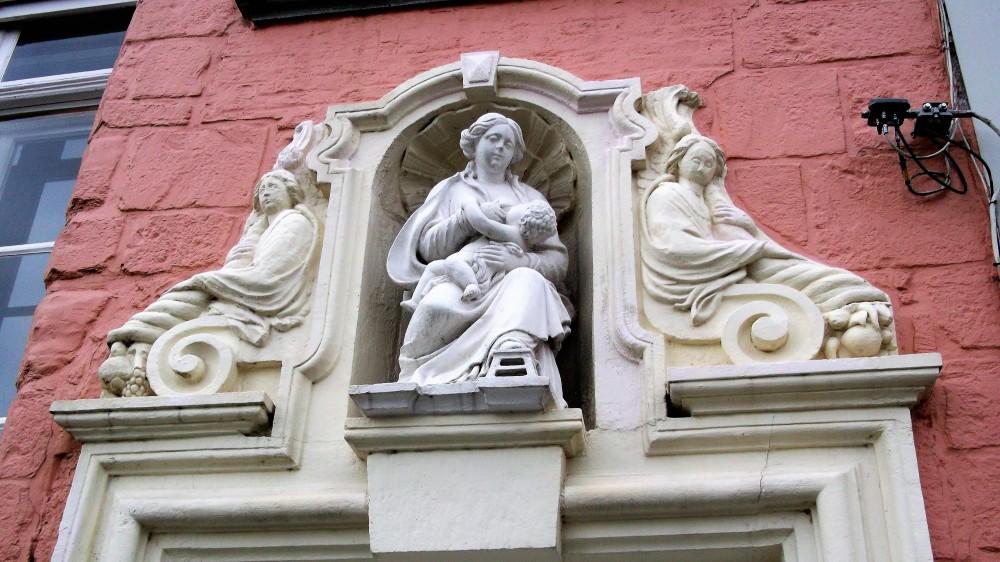 Bruegge-arte-religioso-donviajon-Brujas-cultura-diversion-flandes-belgica