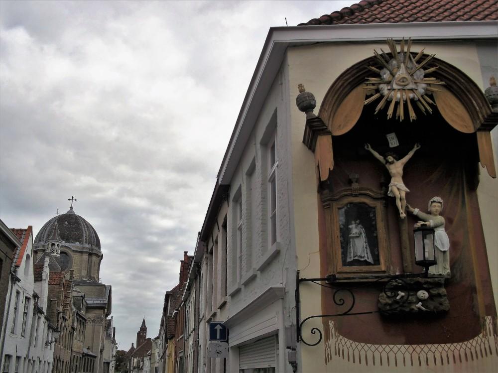 Brugge-donviajon-arte-religioso-cultura-flamenca-brujas-flandes-belgica