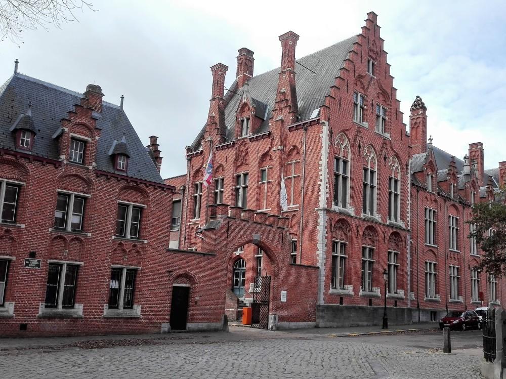 Brujas-arquitectura-urbana-flamenca-donviajon-arte-cultura-diversion-turismo-flandes-belgica