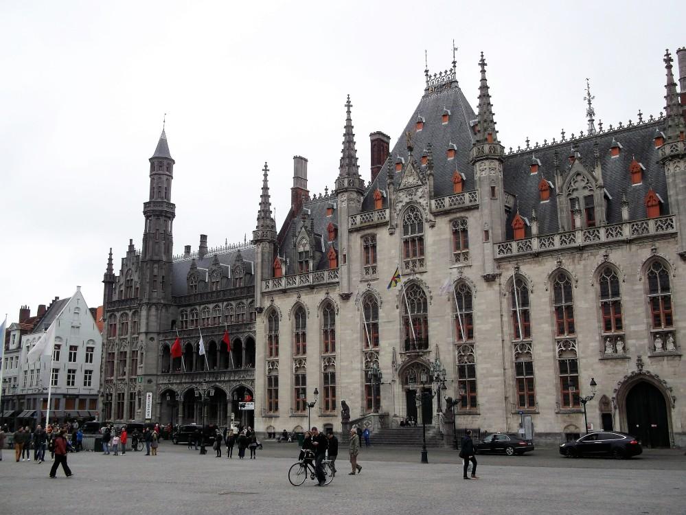 Brujas-historium-corte-provincial-flandes-occidental-donviajon-arte-gotico-medieval-flamenco-belgica