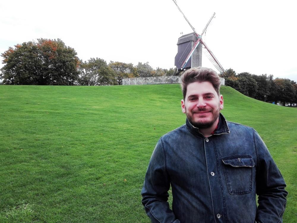 Brujas-molinos-de-viento-donviajon-turismo-aventura-diversion-en-flandes-belgica