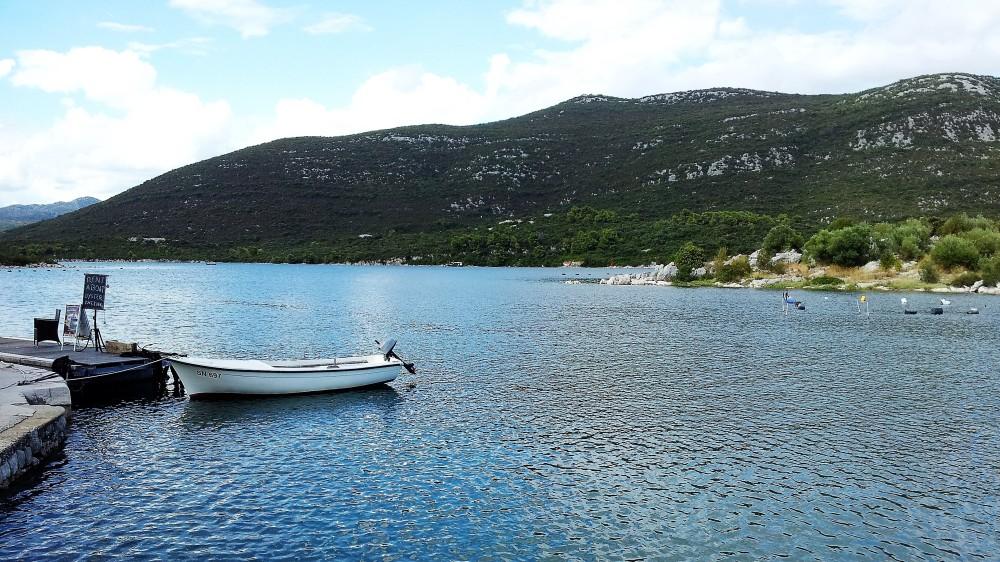 Mali-stone-costa-de-dalmacia-donviajon-naturaleza-playas-gastronomia-croata-turismo-croacia