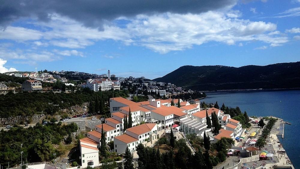 Neum-Bosnia-Herzegovina-donviajon-naturaleza-playas-aventura-turismo-costa-mediterranea