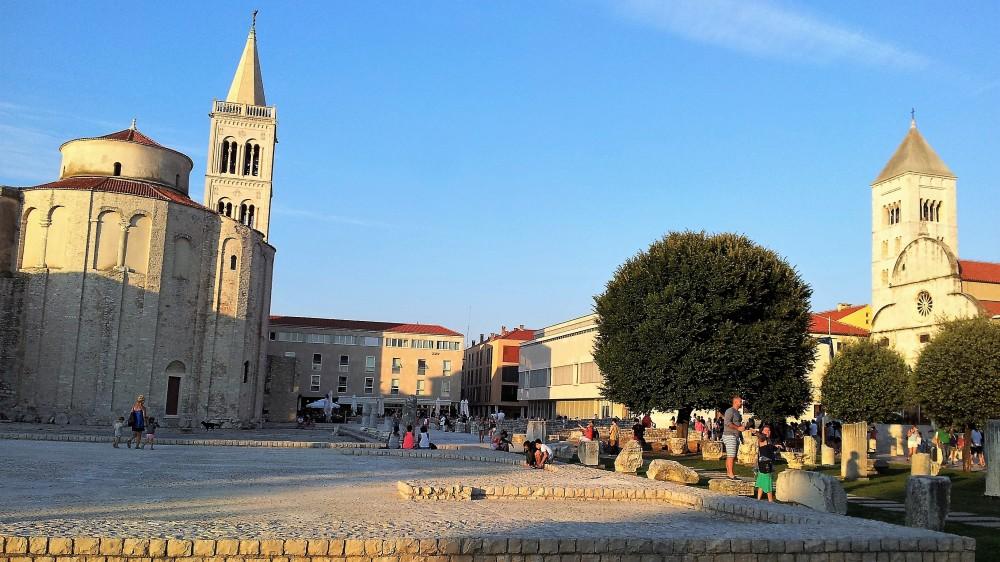 Zadar-cuidades-medievales-amuralladas-donviajon-arquitectura-y-arte-romanico-cultura-arte-barroco-dalmacia-turismo-croacia