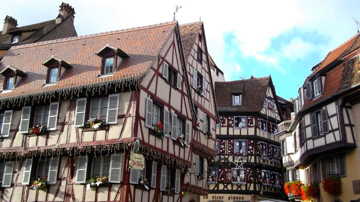 mercado-de-navidad-alsacia-donviajon-casas-de-entramado-de-madera-turismo-francia