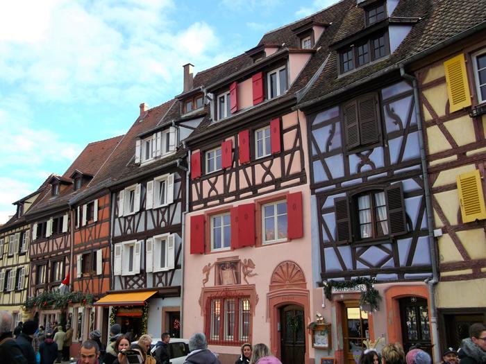 mercado-de-navidad-colmar-donviajon-casas-tipicas-entramado-de-madera-alsacia-francia