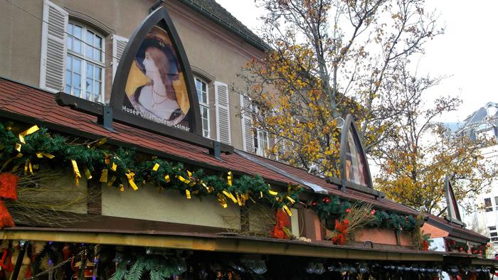 mercado-de-navidad-colmar-donviajon-plaza-de-los-dominicos-compras-regalos-de-navidad-alsacia-francia