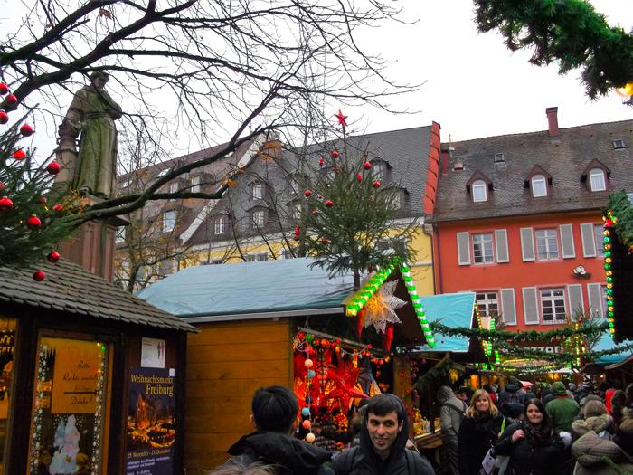 mercado-de-Navidad-donviajon-Friburgo-turismo-cultural-recreativo-selva-negra-baden-wurttemberg-alemania
