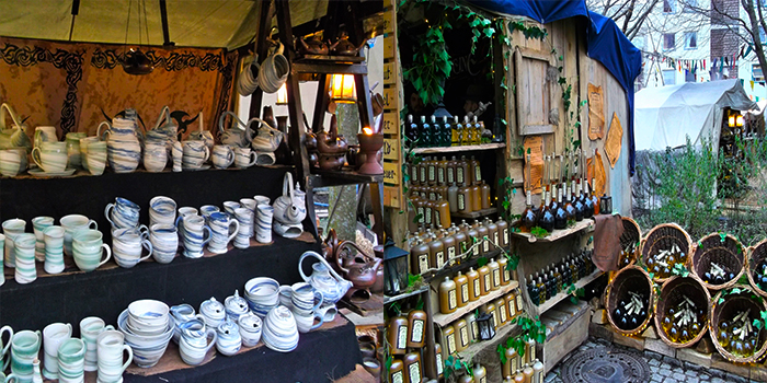 mercado-medieval-de-navidad-donviajon-pforzheim-artesanias-adornos-decoraciones-licores-navidenos-compras-turismo-alemania