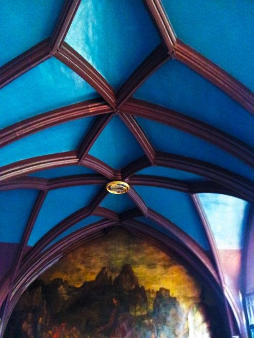 Basilea-arte-medieval-donviajon-museo-municipal-ayuntamiento-turismo-basilea-suiza