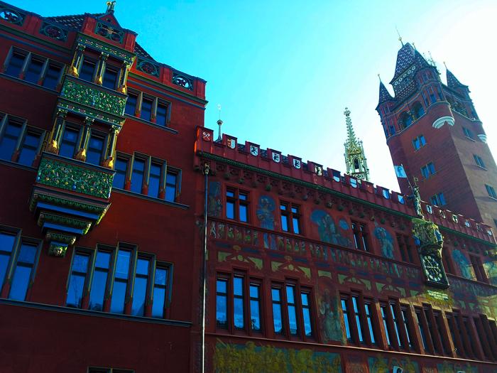 Basilea-bello-ayuntamiento-municipal-donviajon-turismo-cultural-arte-museos-naturaleza-region-basilea-suiza