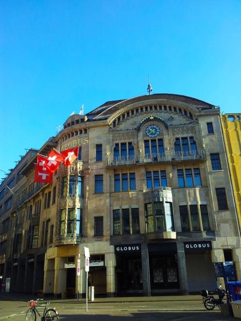 Basilea-economia-comercio-donviajon-turismo-compras-en-basilea-suiza