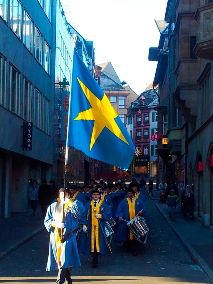 Basilea-tradiciones-donviajon-desfile-del-vino-1-de-enero-turismo-basilea-suiza