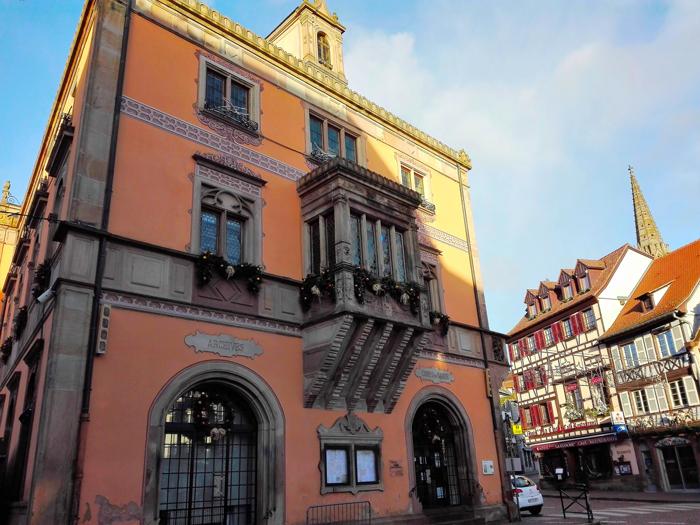 Obernai-ayuntamiento-municipal-donviajon-arquitectura-renacentista-turismo-cultural-alsacia-bajo-rin-francia