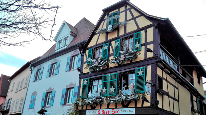 Obernai-casas-coloridas-y-bonitas-donviajon-arquitectura-tipica-alsacia-francia