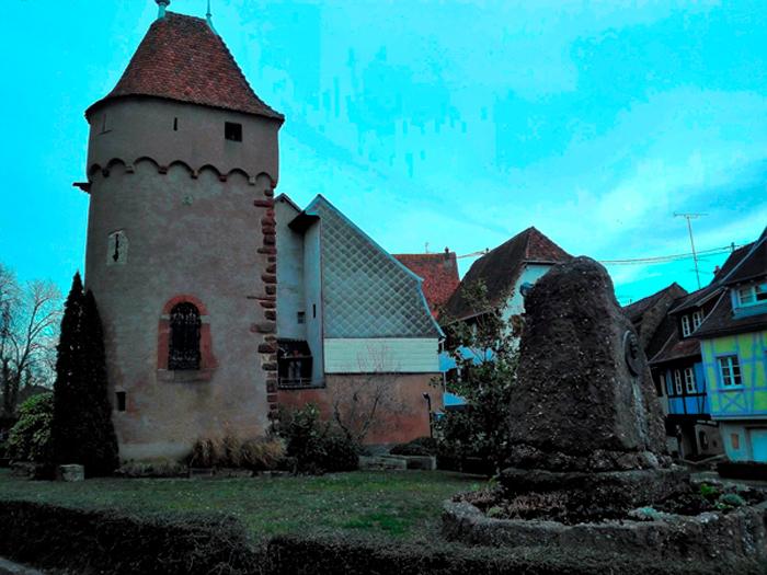 Obernai-monumento-gyss-donviajon-turismo-cultural-historico-bajo-rin-alsacia-francia