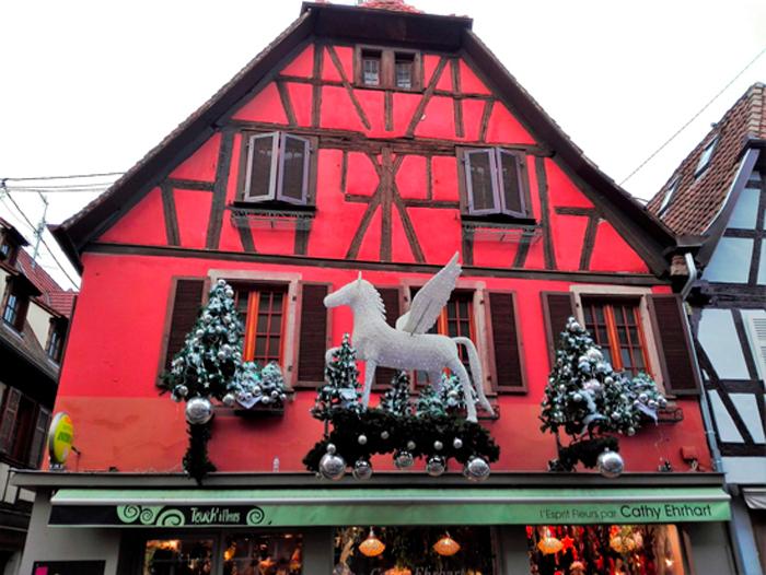 Obernai-tradiciones-alsacia-donviajon-mercado-de-navidad-bajo-rin-francia