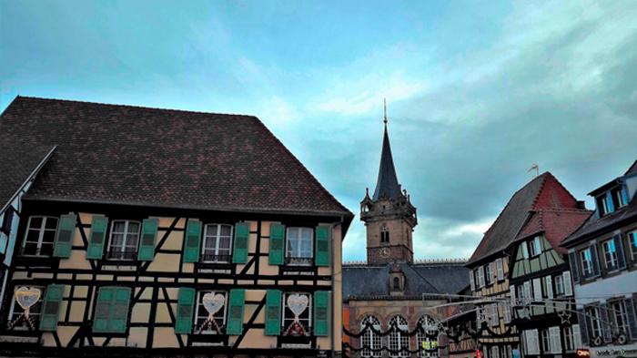 Obernai-un-coqueto-pueblo-alsaciano-donviaon-turismo-cultura-religioso-gastronomico-bajo-rin-alsacia-francia