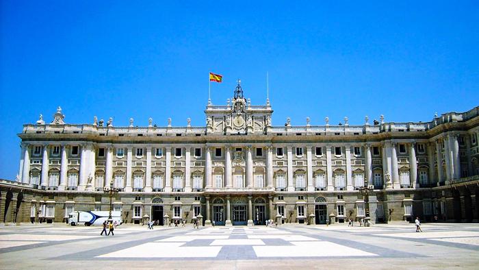 Palacio-Real-de-Madrid-donviajon-turismo-cultural-historico-madrid-espana