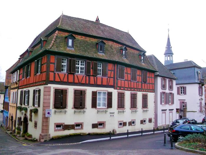Ribeauville-donviajon-turismo-rural-hoteles-campestres-alsacia-francia-