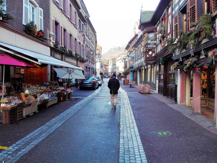 Ribeauville-la-gran-calle-donviajon-turismo-tradiciones-artesanias-alsacia-alto-rin-francia