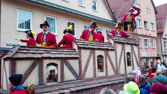 Weil-der-Stadt-donviajon-ciudad-amurallada-turismo-de-carnaval-baden-wurttemberg-alemania