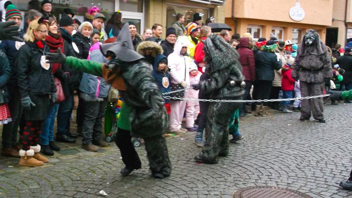 Weil-der-Stadt-donviajon-hombres-lobos-mitos-y-leyendas-de-la-suabia-turismo-carnaval-alemania