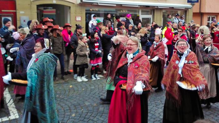 Weil-der-Stadt-donviajon-tradiciones-culturales-de-baden-wurttemberg-turismo-carnaval-alemania
