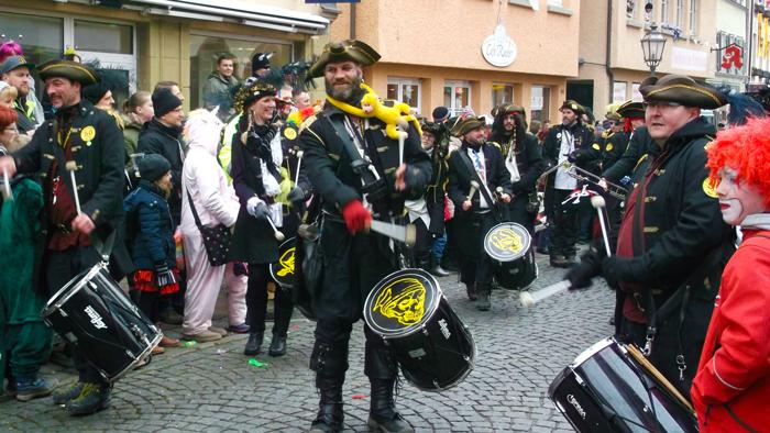 Weil-der-Stadt-fasnacht-donviajon-tiempo-de-carnavales-en-alemania-turismo-activo