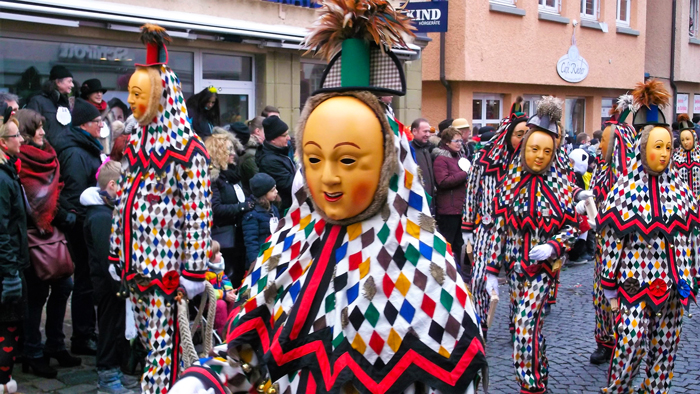 Weil-der-Stadt-narri-narro-donviajon-turismo-carnaval-cultural-tradiciones-baden-wurttemberg-alemania