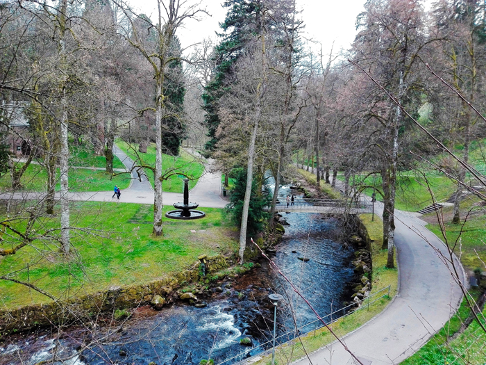 BadWildbad-Kurpark-Quellenhof-donviajon-turismo-sanacion-aguas-termales-naturaleza-Selva-Negra-Baden-Wurttemberg-Alemania